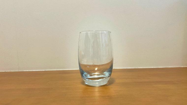 美酢ミルクの飲み方:グラスを用意