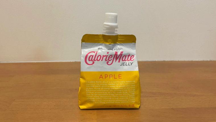 カロリーメイトアップル味(ゼリータイプ)のパッケージ画像オモテ