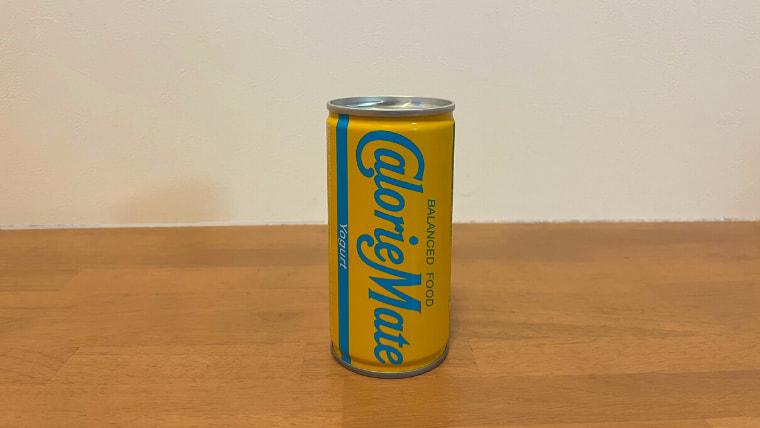 カロリーメイトヨーグルト味(リキッドタイプ)のパッケージ画像オモテ